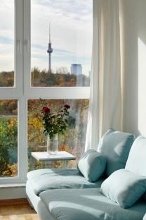 Apartment in Berlin, Liz Eve