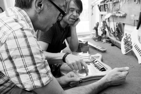 Gitarren Total - Duncan James and Tyko Runesson BW